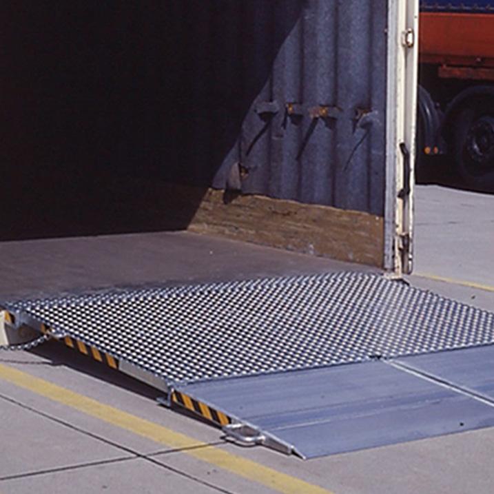 MC: Mobile Container Überladebrücke